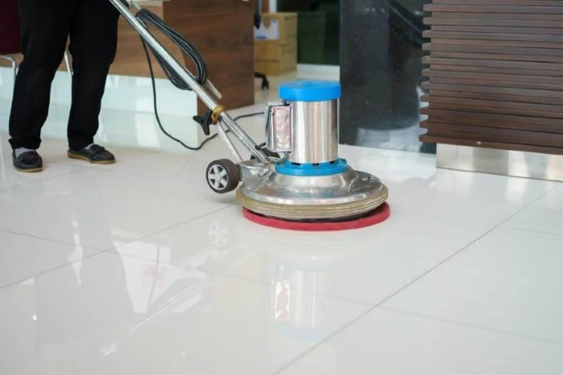 Clean floor service